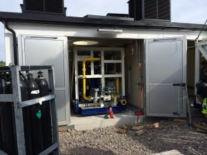 Filborna kompressorleverans lyft in i station 2